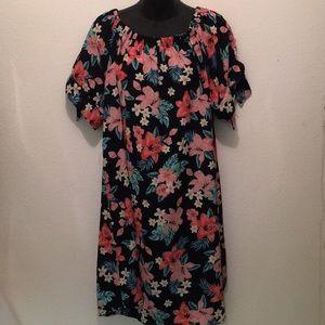 Dresses & Skirts - Plus size elastic neck mini dress